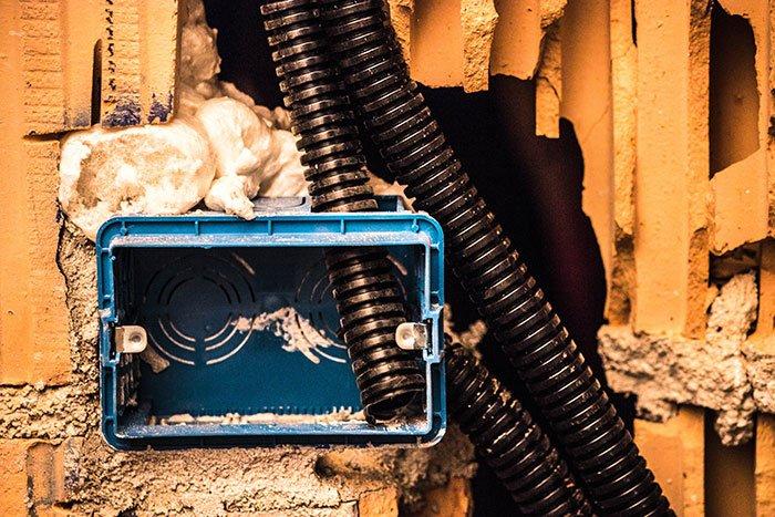Rifacimento impianti elettrici